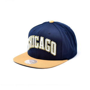 미첼엔네스 시카고 불스 스냅백, MitchellandNess CHICAGO BULLS SNAPBACK - NAVY/OLD GOLD