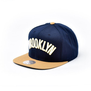 미첼엔네스 브루클린 네츠 스냅백, MitchellandNess BROOKLYN NETS SNAPBACK - NAVY/OLD GOLD