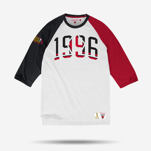 미첼엔네스 NBA 시카고불스 로고 래글런 티셔츠, MitchellandNess CHICAGO BULLS NBA CELEBRATION YEAR RAGLAN