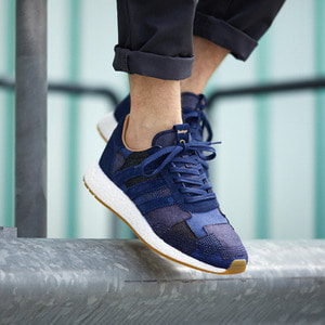 아디다스 END x BODEGA x ADIDAS 이니키러너, END. x Bodega x Adidas Consortium Iniki Runner, BY2104 - 풋셀스토어
