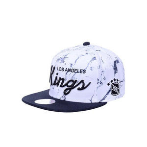 미첼엔네스 NHL LA킹스 WHITE MARBLE SCRIPT 스냅백, MITCHELL&NESS NHL LA KINGS WHITE MARBLE SCRIPT SNAPBACK - 풋셀스토어