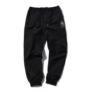 [어반스터프] USF EMBLEM TRACK PANTS BLACK - 풋셀스토어