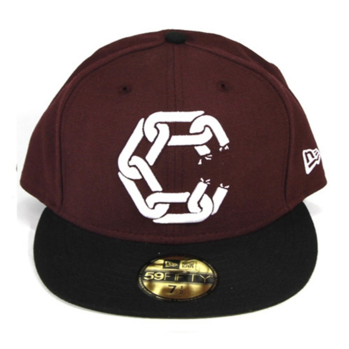[크룩스앤캐슬]CROOKS & CASTLES New Chain Fitted Cap [1] - 풋셀스토어
