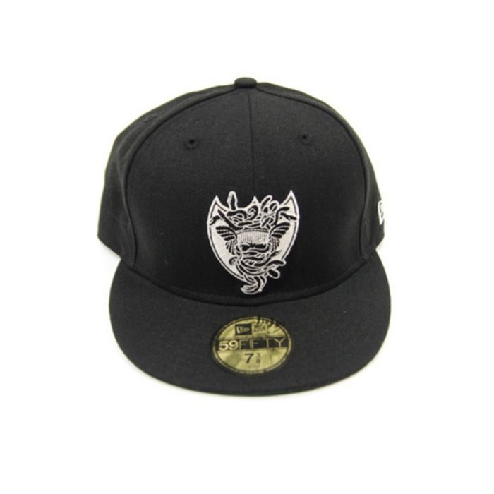 [크룩스앤캐슬]CROOKS & CASTLES MEDUSA SHIELD NEWERA [1] - 풋셀스토어