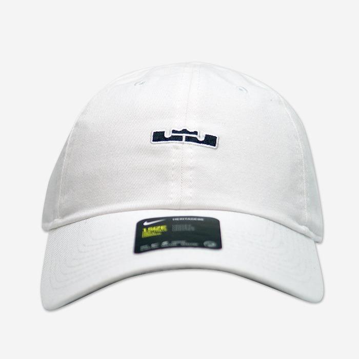 나이키 르브론 헤리티지 86 볼캡, NIKE LEBRON HERITAGE 86 BALL CAP, AA8131-100 - 풋셀스토어