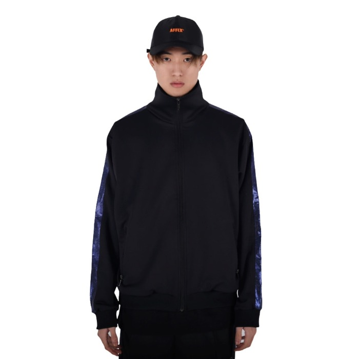 [쿠드그라스] COUP DE GRACE SHINING TRACK JACKET (BLACK/BLUE) - 풋셀스토어