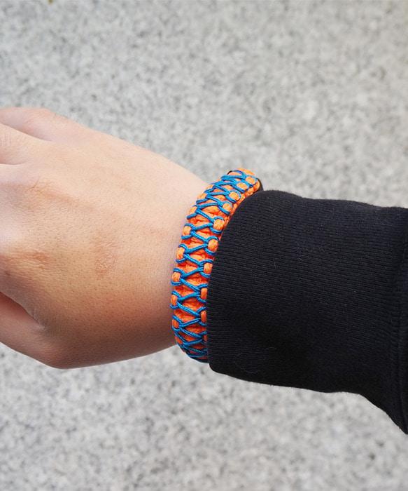 [피오에이] 세이즈믹 팔찌 오렌지 / 블루 [핸드메이드   매듭팔찌] - 풋셀스토어