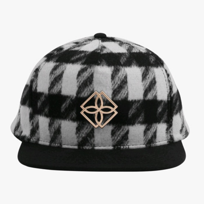 [도프]DOPE Plaid Monogram Snapback (BLACK/WHITE) - 풋셀스토어